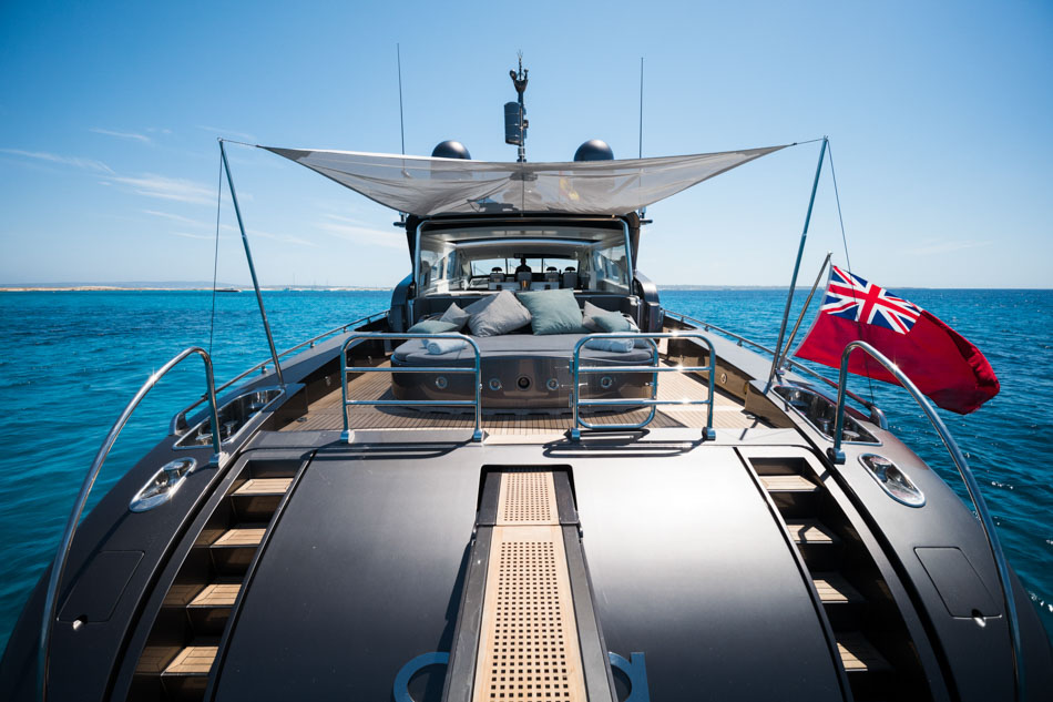 alquiler barco Leopard 90 ibiza